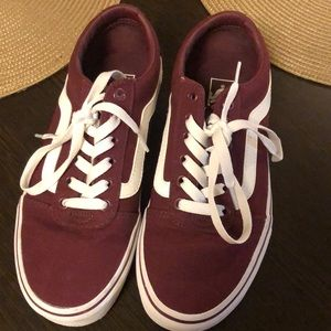 Vans- maroon